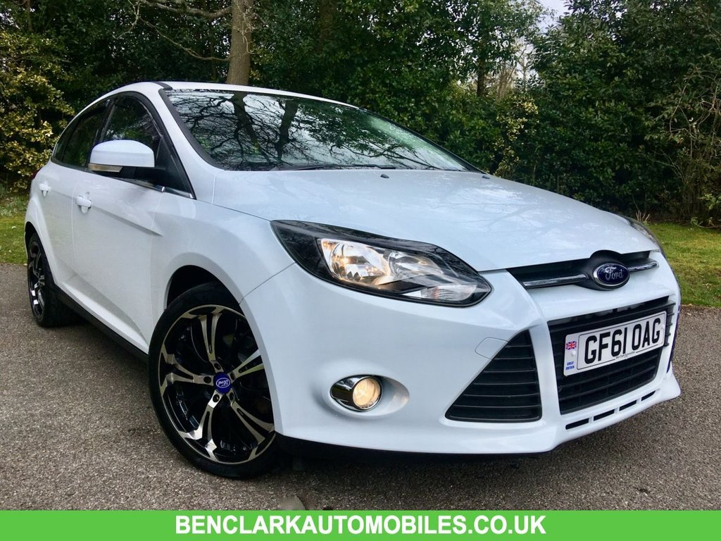 USED 2011 61 FORD FOCUS 1.6 ZETEC 5d AUTO 124 BHP ONLY 23,500 MILES// 1 LADY OWNER SINCE 2013/BLUETOOTH/DAB/CRUISE CONTROL 124 BHP ONLY 23,500 MILES// 1 LADY OWNER SINCE 2013/BLUETOOTH/DAB/CRUISE CONTROL