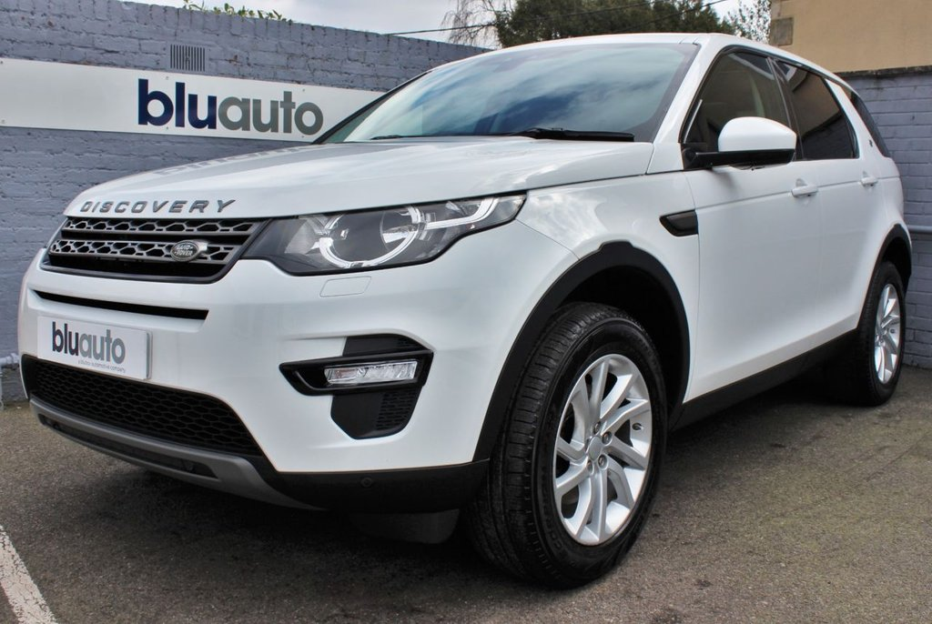 USED 2016 66 LAND ROVER DISCOVERY SPORT 2.0 TD4 SE TECH 5d 180 BHP 2 Owners, Land Rover History, Panoramic Roof, Part Leather Heated Seats, 360 Parking Sensors, Power Tailgate