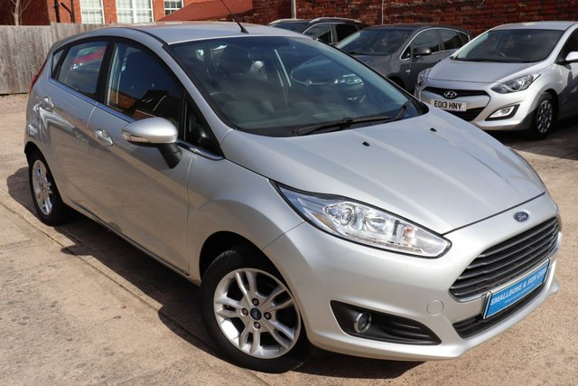USED 2017 17 FORD FIESTA 1.2 ZETEC 5d 81 BHP * BUY ONLINE * FREE NATIONWIDE DELIVERY *