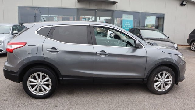 USED 2014 63 NISSAN QASHQAI 1.2 ACENTA PREMIUM DIG-T 5d 113 BHP . LOW DEPOSIT OR NO DEPOSIT FINANCE AVAILABLE . COMES USABILITY INSPECTED WITH 30 DAYS USABILITY WARRANTY + LOW COST 12 MONTHS ESSENTIALS WARRANTY AVAILABLE FROM ONLY £199 (VANS AND 4X4 £299) DETAILS ON REQUEST. ALWAYS DRIVING DOWN PRICES . BUY WITH CONFIDENCE . OVER 1000 GENUINE GREAT REVIEWS OVER ALL PLATFORMS FROM GOOD HONEST CUSTOMERS YOU CAN TRUST .