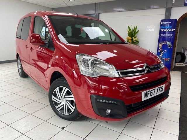USED 2018 67 CITROEN BERLINGO MULTISPACE 1.2 PURETECH FEEL 5d 109 BHP SOLID RED / CLOTH TRIM / PRIVACY GLASS / MULTIPLE AIRBAGS