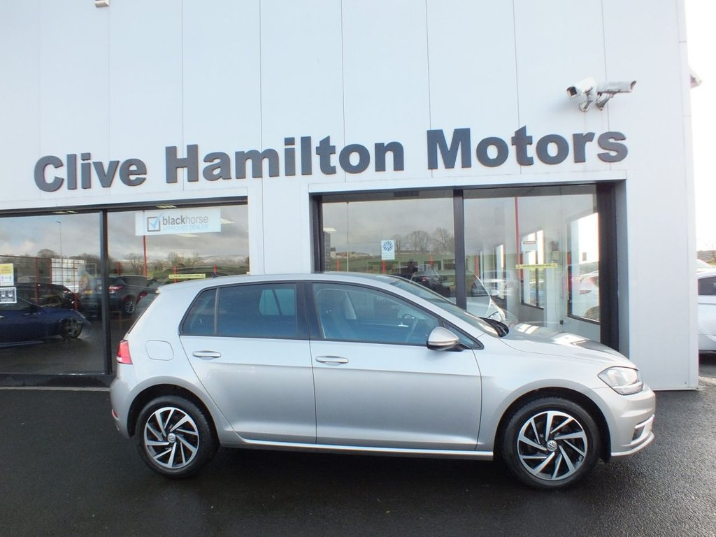 USED 2019 68 VOLKSWAGEN GOLF 1.6 MATCH TDI 5d 114 BHP