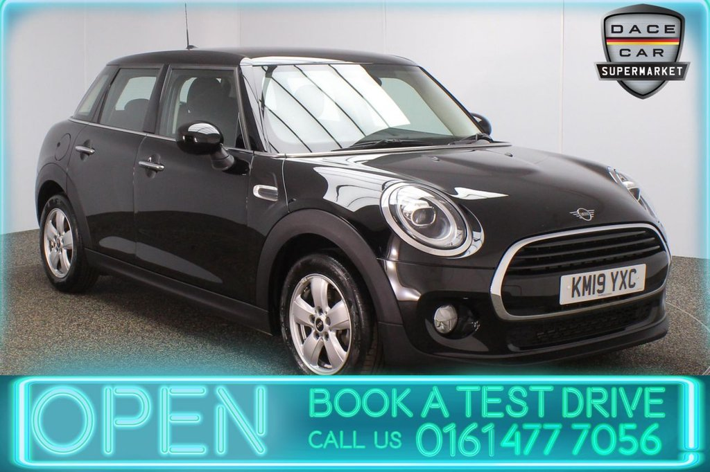 USED 2019 19 MINI HATCH COOPER 1.5 COOPER CLASSIC 5DR 1 OWNER 134 BHP SATELLITE NAVIGATION + BLUETOOTH + MULTI FUNCTION WHEEL + AIR CONDITIONING + XENON HEADLIGHTS + DAB RADIO + USB PORT + ELECTRIC WINDOWS + ELECTRIC DOOR MIRRORS + 15 INCH ALLOY WHEELS