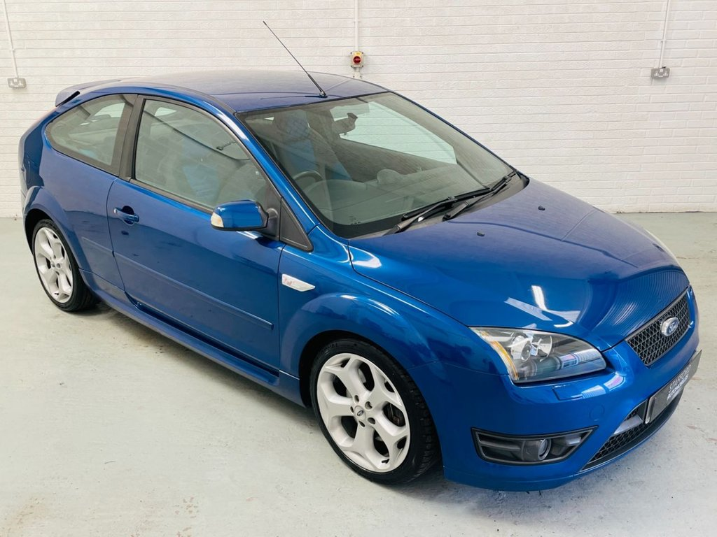 USED 2007 07 FORD FOCUS 2.5 ST-2 3d 225 BHP STUNNING UNMODIFIED EXAMPLE, FINANCE AVAILABLE