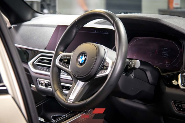 USED 2019 19 BMW X5 3.0 XDRIVE30D M SPORT 5d AUTO 261 BHP 7-Seater | One Owner | Vernasca coffee leather Interior