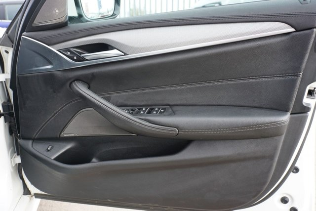 "USED 2017 67 BMW 5 SERIES 2.0 520D M SPORT 4d 188 BHP GREAT SPEC ALPINE WHITE UPGRADED 19"" WHEELS"