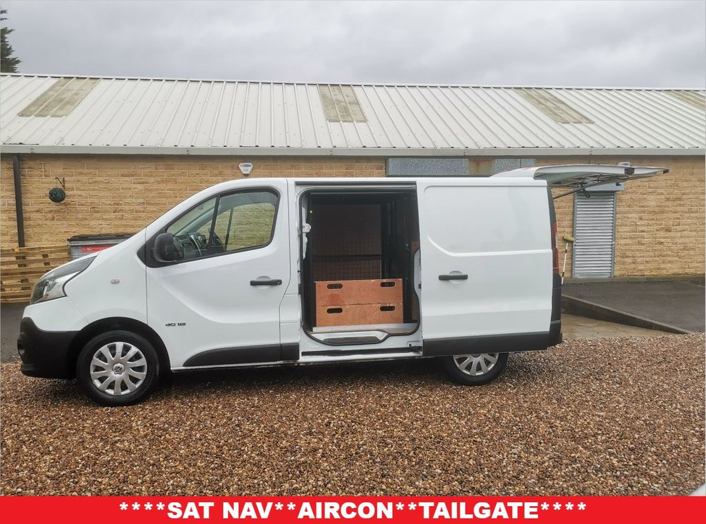 USED 2016 65 RENAULT TRAFIC 1.6 SL29 BUSINESS DCI S/R P/V 115 BHP