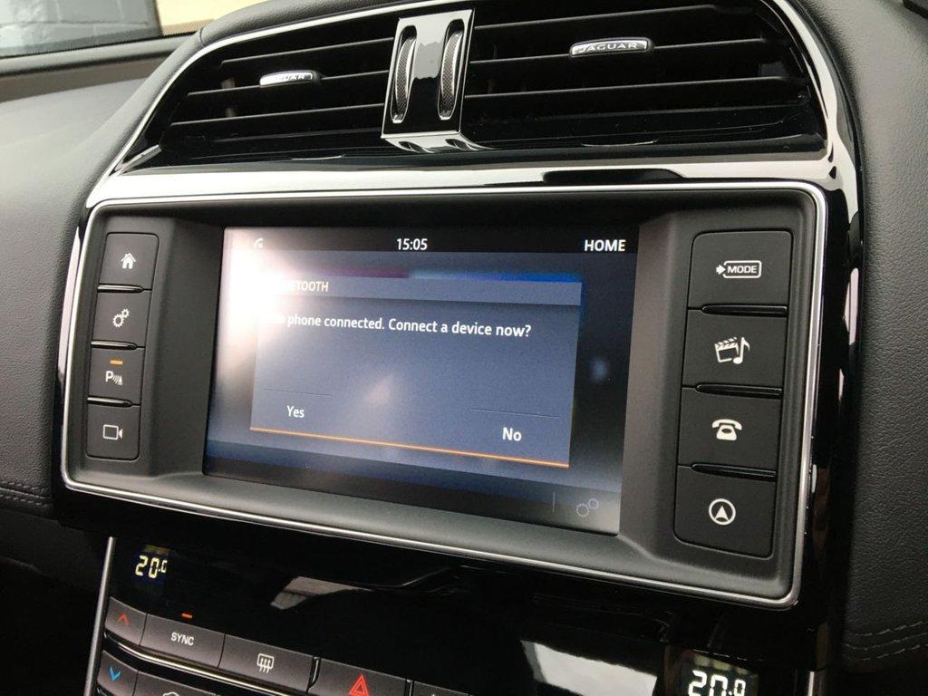 USED 2016 16 JAGUAR XE 2.0 PORTFOLIO 4d 161 BHP