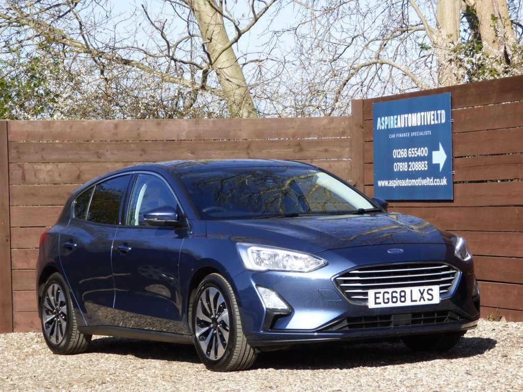 USED 2019 68 FORD FOCUS 1.0 ZETEC 5d 124 BHP *** ONLY 6,000 MILES ***