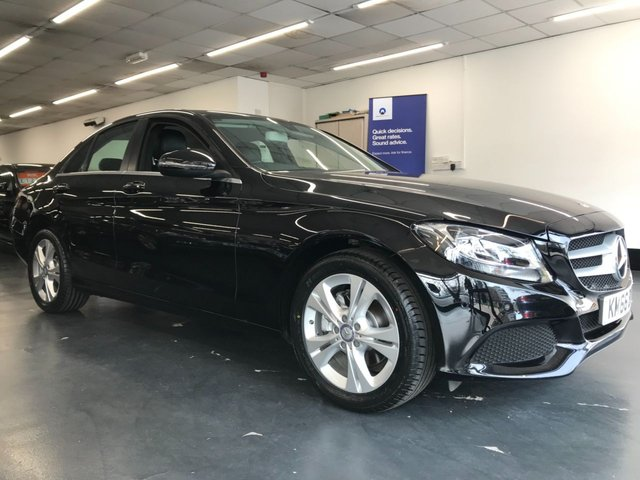 USED 2017 66 MERCEDES-BENZ C-CLASS 2.0 C 200 SE EXECUTIVE EDITION 4d 184 BHP Full Mercedes service history, rear camera, satnav