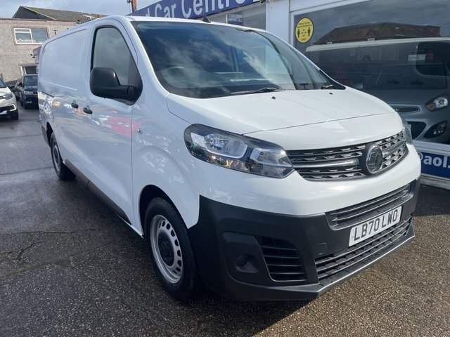 USED 2020 70 VAUXHALL VIVARO 1.5 L2H1 2900 EDITION S/S 101 BHP 1 OWNER*ONLY 300 MILES*CRUISE*BLUETOOTH*PARKING SENSORS