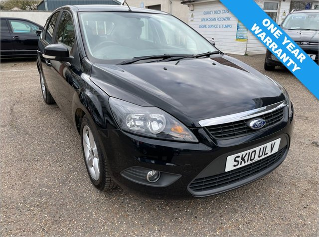 USED 2010 10 FORD FOCUS 1.8 ZETEC 5d 125 BHP ONE YEAR WARRANTY INCLUDED / FULL SERVICE HISTORY