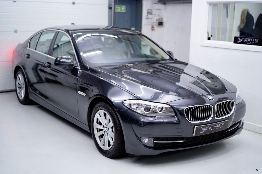 USED 2010 60 BMW 5 SERIES 2.0 520d SE 4dr SOPHISTO GREY / FULL LEATHER