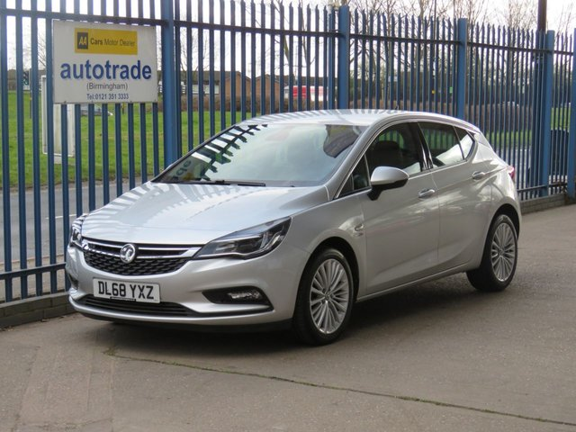 USED 2018 68 VAUXHALL ASTRA 1.0 ELITE NAV ECOTEC S/S 5d 104 BHP SatNav,Full Leather,Heated front and rear seats, Climate and cruise control