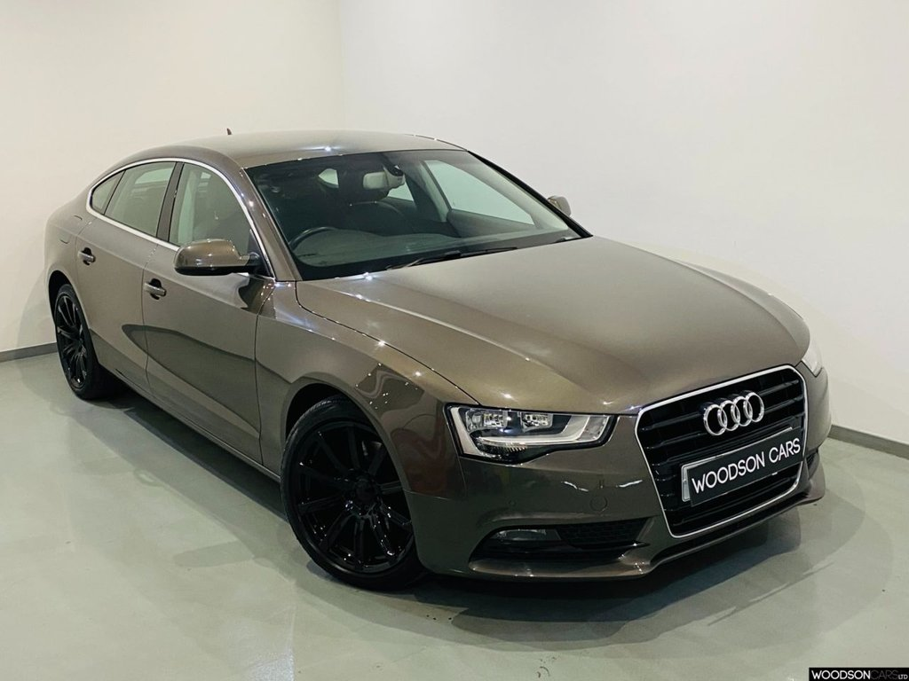 USED 2014 14 AUDI A5 2.0 SPORTBACK TDI SE TECHNIK 5d 174 BHP Sat Nav / Bluetooth / Parking Sensors / Black Alloys / Cruise Control