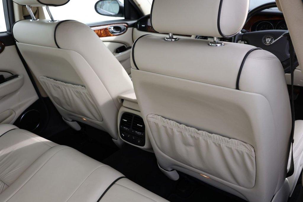 USED 2007 56 JAGUAR XJ 3.6 V8 SE 4d 262 BHP