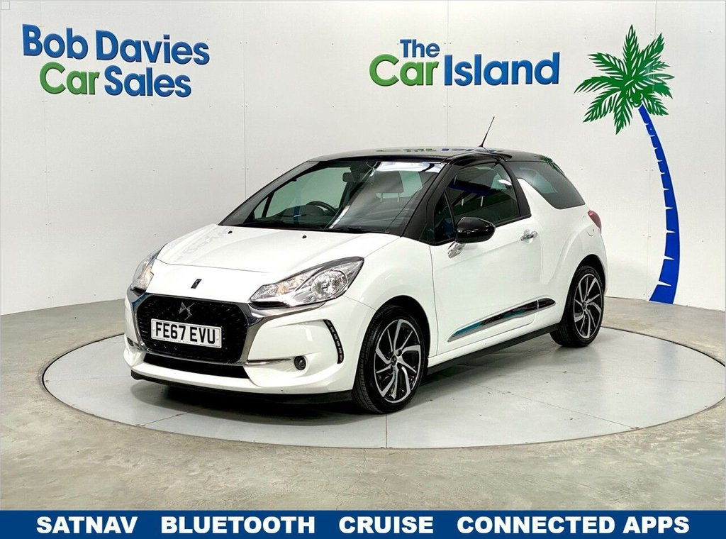 """USED 2017 67 DS DS 3 1.6 BLUEHDI CONNECTED CHIC S/S 3d 98 BHP SATNAV Phone Mirror Link 17"""" Alloys 57000 miles FSH"""