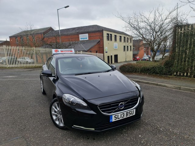USED 2013 13 VOLVO V40 1.6 D2 SE LUX 5d 113 BHP A GREAT ECONOMICAL VEHICLE