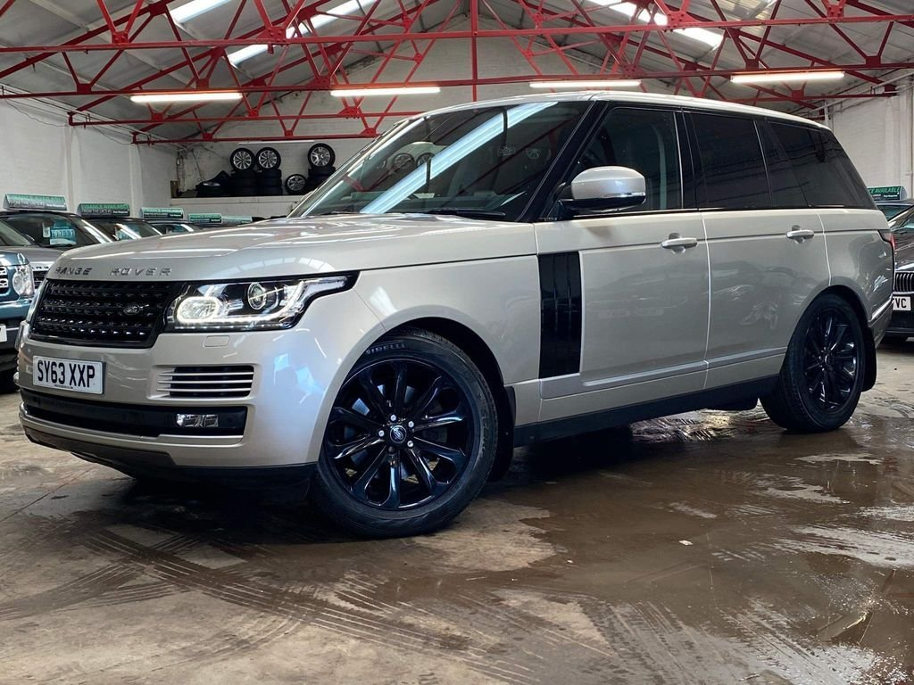 USED 2013 63 LAND ROVER RANGE ROVER 3.0 TDV6 VOGUE 5d 258 BHP ++OVER £4800 WORTH OF EXTRAS++