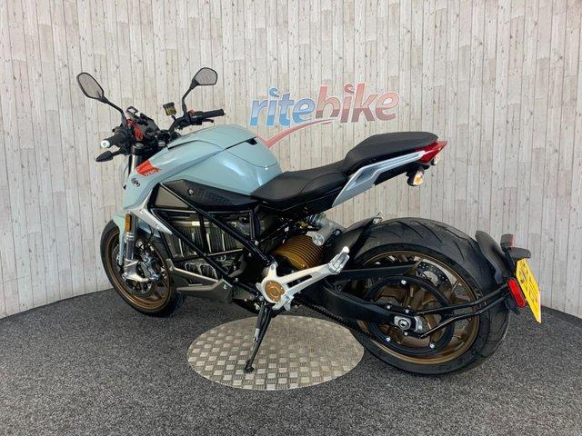 ZERO MOTORCYCLES SR/F at Rite Bike