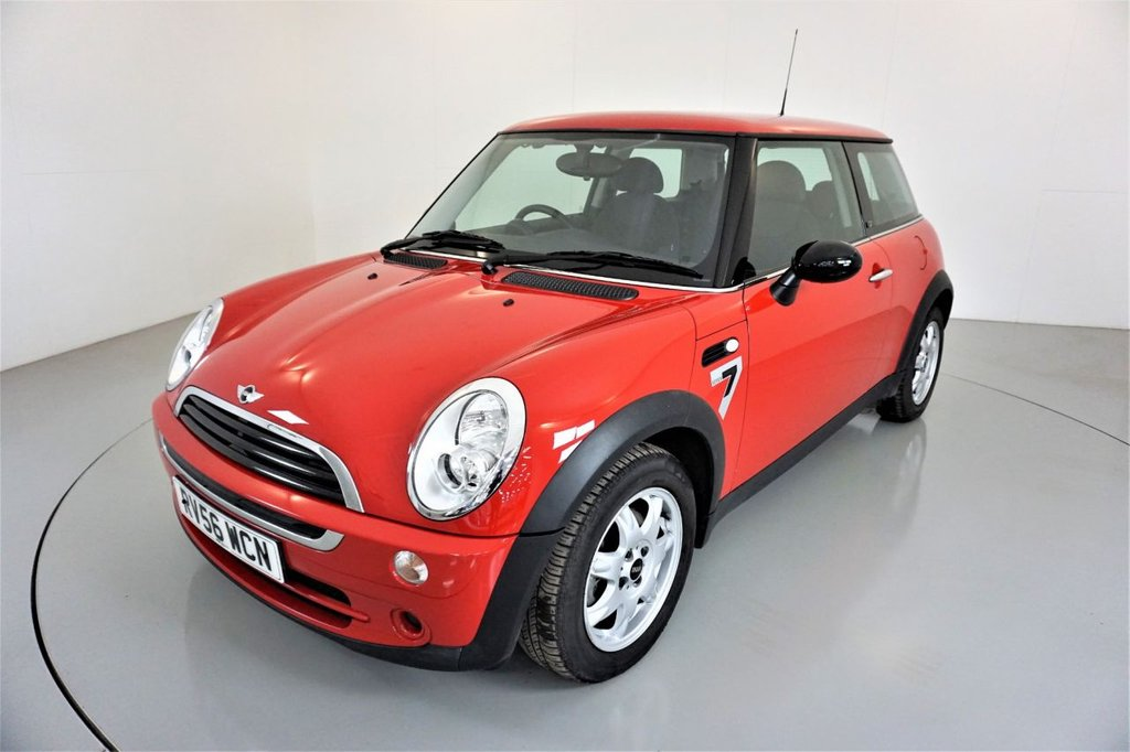 USED 2006 56 MINI HATCH ONE 1.6 ONE SEVEN SPECIAL EDITION 3d 89 BHP-1 OWNER CAR-YES ONLY 8000 MILES FROM NEW-MINI ONE Seven exclusively feature Solar Red metallic paint, Seven cloth and Seven interior trim, MINI Seven decals and 15 Inch Delta spoke alloy wheels.
