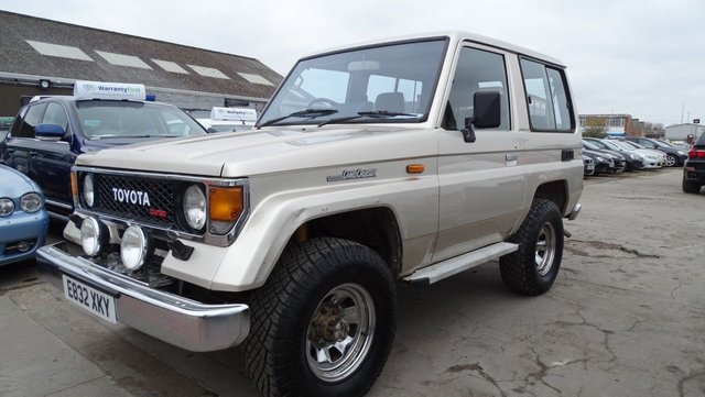 USED 1988 E TOYOTA LAND CRUISER 2.4 2.4D 3d 96 BHP THE ONLY ONE ONLINE RARE RARE