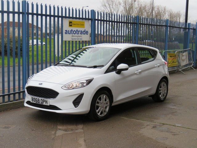USED 2018 68 FORD FIESTA 1.1 STYLE 5d 70 BHP Air con and Cruise Control,Low Insurance and Great Economy