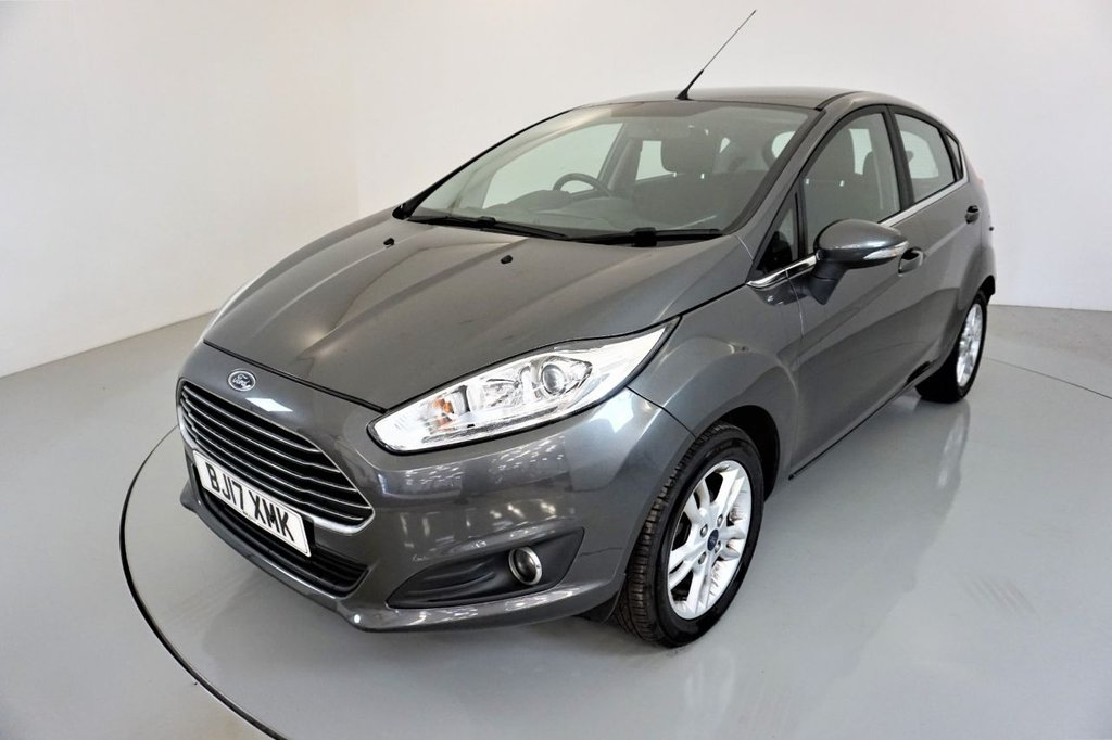 USED 2017 17 FORD FIESTA 1.2 ZETEC 5d-2 OWNER CAR-BLUETOOTH-DAB RADIO-ALLOY WHEELS-AIR CONDITIONING