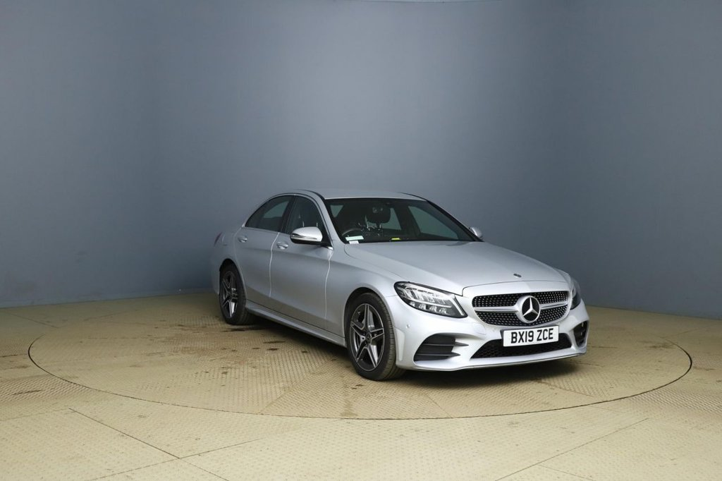 USED 2019 19 MERCEDES-BENZ C-CLASS 2.0 C 220 D AMG LINE 4d AUTO 192 BHP +AUTO +SAT NAV +REAR CAMERA.