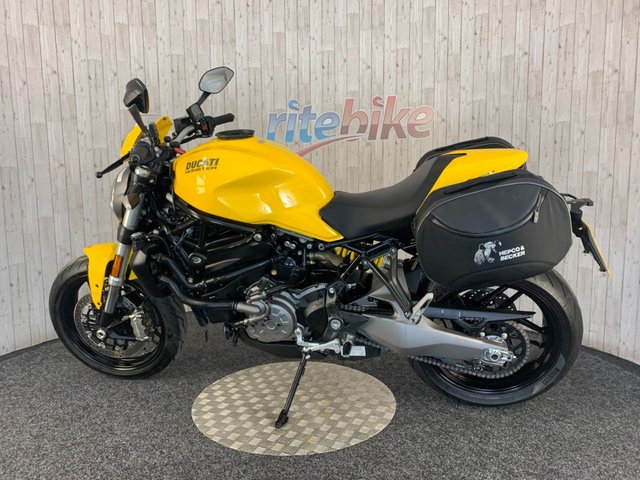 DUCATI Monster 821 at Rite Bike