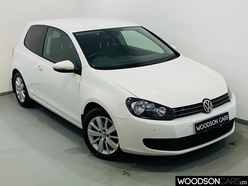 USED 2011 61 VOLKSWAGEN GOLF 2.0 MATCH TDI BLUEMOTION TECHNOLOGY 3d 138 BHP Heated Leather / Privacy Glass / Cruise Control / Bluetooth