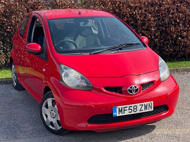 USED 2008 58 TOYOTA AYGO 1.0 VVT-I PLUS 3d LOW MILEAGE, FULL MAIN DEALER SERVICE HISTORY, 12 MONTHS MOT, SMALL ECONOMICAL CAR