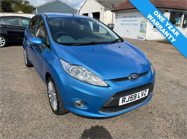 USED 2009 59 FORD FIESTA 1.4 TITANIUM 5d 96 BHP ONE YEAR WARRANTY INCLUDED / FULL SERVICE HISTORTY