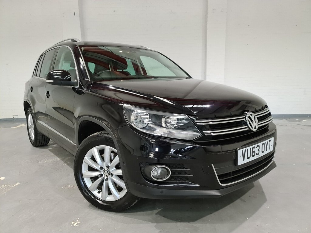 USED 2013 63 VOLKSWAGEN TIGUAN 2.0 MATCH TDI BLUEMOTION TECH 4MOTION DSG 5d 139 BHP , Full-service history DSG gearbox, Front and rear parking sensors, cruise control, Sat-nav