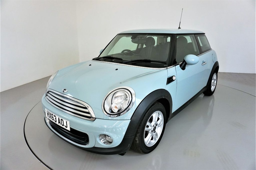 USED 2013 63 MINI HATCH ONE 1.6 ONE 3d 98 BHP-1 OWNER FROM NEW-5 STAR TWIN SPOKE ALLOYS-BODY COLOURED MIRROR CAPS-PEPPER PACKAGE-CHROME LINE INTERIOR AND EXTERIOR TRIM-OBC-AIR CON