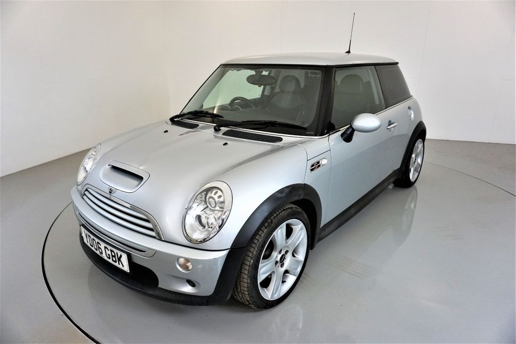USED 2006 06 MINI HATCH COOPER 1.6 COOPER S 3d AUTO-LOW MILEAGE-HALF LEATHER-NAVIGATION-5 STAR BULLET ALLOYS-CHILI PACKAGE