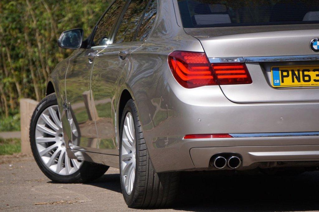 USED 2013 63 BMW 7 SERIES 3.0 730D SE 4d 255 BHP