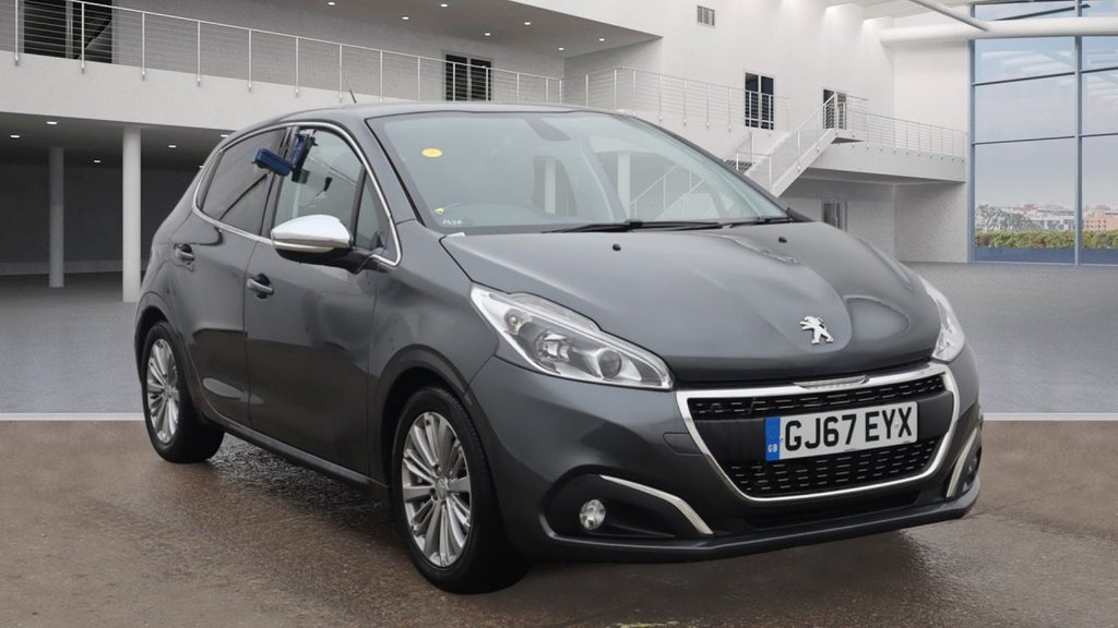 USED 2017 67 PEUGEOT 208 1.2 PURETECH ALLURE 5d 82 BHP +SAT NAV +BLUETOOTH +CAR PLAY.