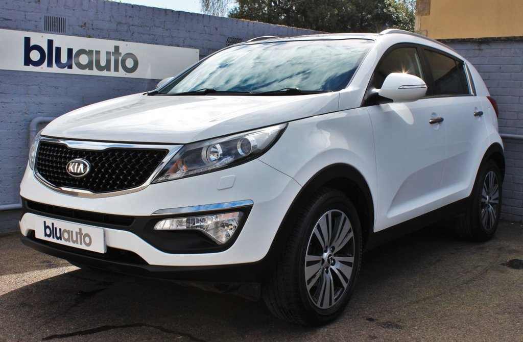 USED 2015 65 KIA SPORTAGE 2.0 CRDI KX-3 SAT NAV 5d 134 BHP 2 Owners, Full Service History, Panoramic Roof, Leather Heated Seats, Voice Command, Bluetooth Connectivity