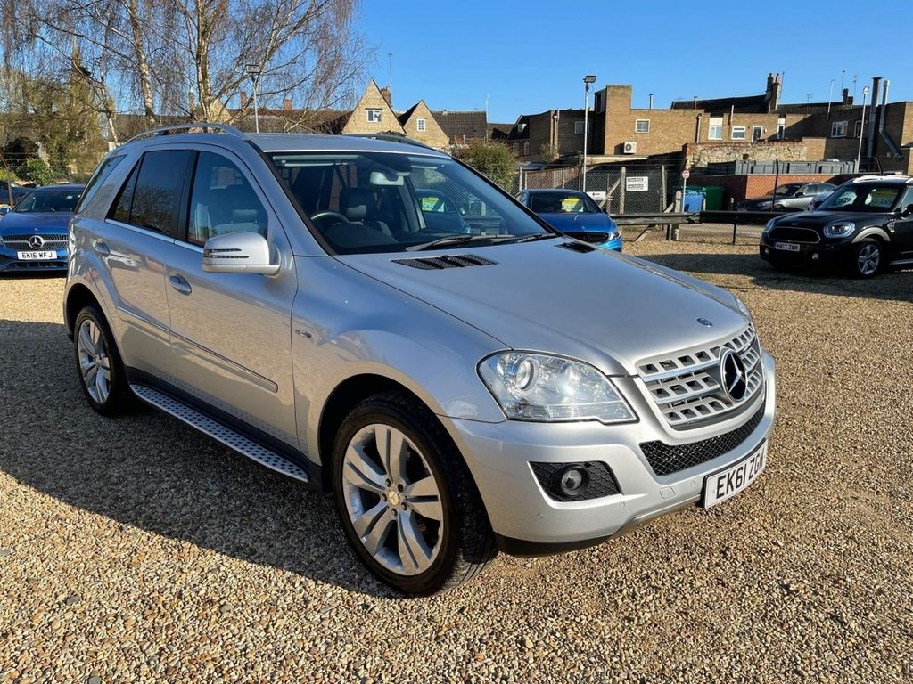 USED 2011 61 MERCEDES-BENZ M-CLASS 3.0 ML300 CDI BlueEFFICIENCY Sport 5dr Sat Nav, 20' Alloys & 6 Stamps