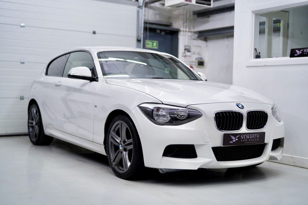 USED 2015 64 BMW 1 SERIES 2.0 120d M Sport Sports Hatch (s/s) 3dr Full Black Leather