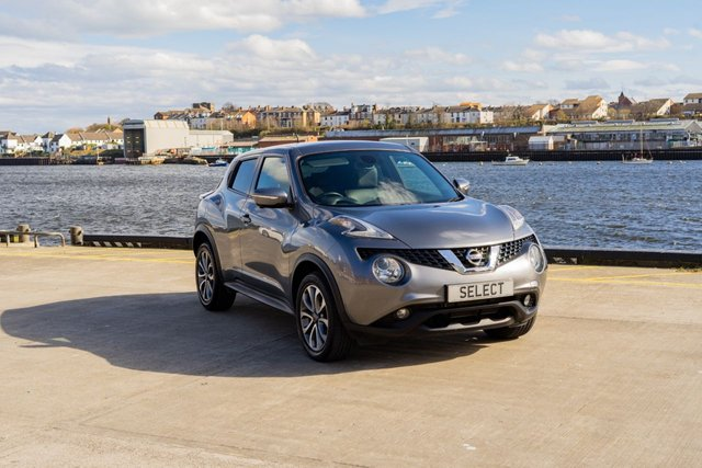 """USED 2014 64 NISSAN JUKE 1.5 TEKNA DCI 5d 110 BHP Exceptional with mega LOW MILES -has only covered 18,067 miles from new with its service history and in immaculate condition -big big spec incl 360 Camera/reverse camera,Sat Nav,heated black leather trim,17"""" alloys, blue tooth ,air conditioning -ONLY £30 year road tax and offers nearly 70 MPG too -stylish Sporty lively economical and with an amazing spec AND its got ridiculously LOW LOW mileage !!!! Comes with warranty which is upgradable and extendible and LOW RATE FINANCE is available Subject"""