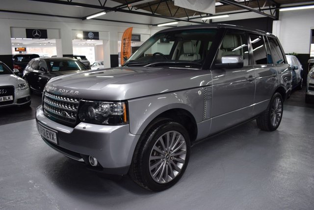 USED 2012 12 LAND ROVER RANGE ROVER 4.4 TDV8 WESTMINSTER 5d 313 BHP STUNNING 4.4 TDV8 WESTMINSTER FINISHED IN ORKNEY GREY / IVORY LEATHER - 7 STAMPS TO 92K MILES - NAV - TV - DUAL VIEW - PIANO BLACK INSERTS