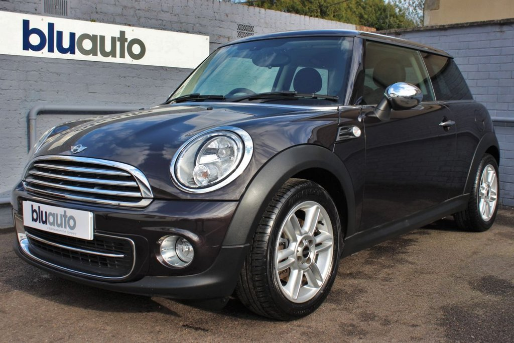 USED 2013 63 MINI HATCH COOPER 1.6 COOPER 3d 122 BHP 2 Owner, Full Service History, Over £2000 of Extras, Part Leather Seats, Cruise & Climate Control, Bluetooth Connectivity