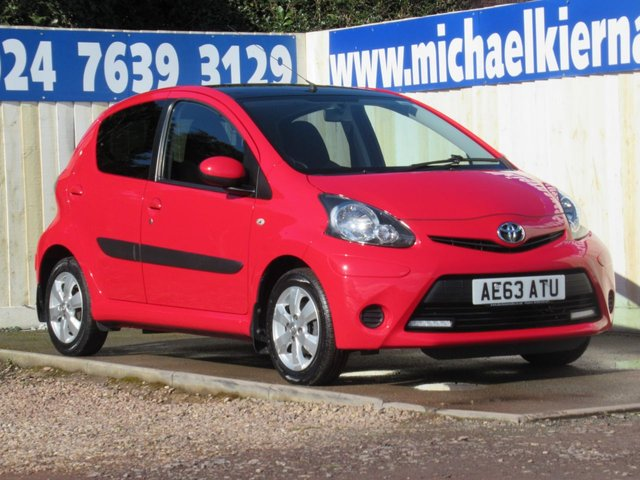 USED 2014 63 TOYOTA AYGO 1.0 VVT-I MOVE WITH STYLE MM 5d 68 BHP AUTOMATIC