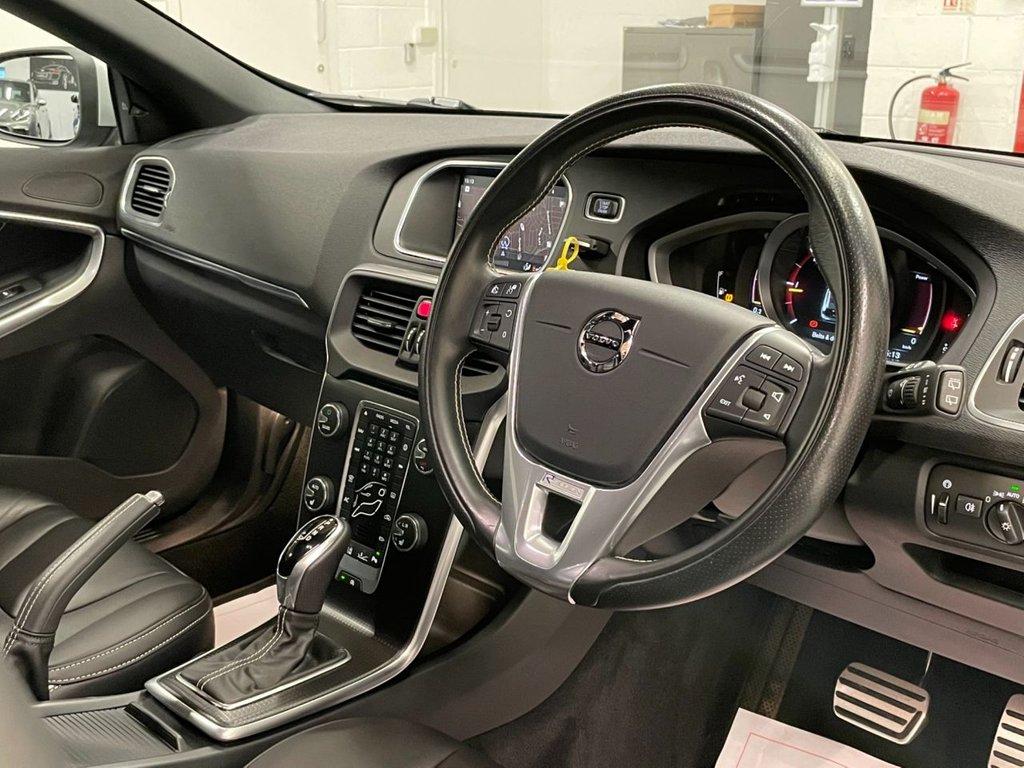 USED 2018 67 VOLVO V40 2.0 D4 R-Design Pro Auto (s/s) 5dr