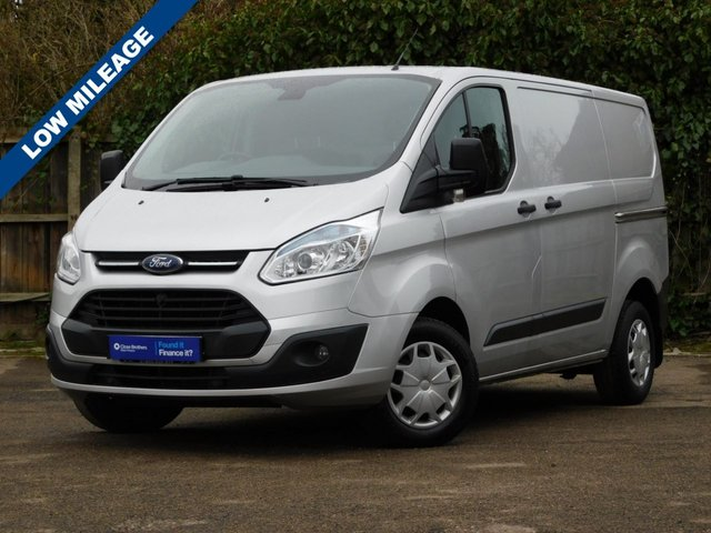USED 2015 65 FORD TRANSIT CUSTOM 2.2 270 TREND LR P/V 99 BHP 1-Owner+Low Miles+S/history