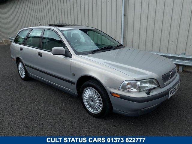 1998 R VOLVO V40 2.0 PETROL ESTATE AUTOMATIC 138 BHP