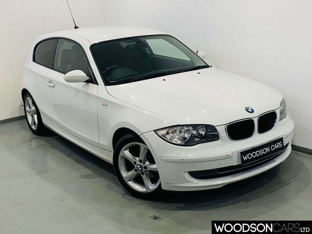 USED 2009 59 BMW 1 SERIES 2.0 116I SPORT 3d 121 BHP Privacy Glass / Aux / Isofix / Leather Steering Wheel