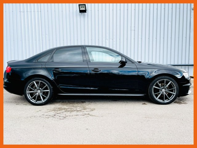 """USED 2015 15 AUDI A4 2.0 TDI BLACK EDITION PLUS 4d 174 BHP BANG & OLUFSEN SURROUND SOUND - ONLY 47,000 MILES - UNMARKED 19"""" ALLOY WHEELS - DAB DIGITAL RADIO - FRONT & REAR PARKING SENSORS"""